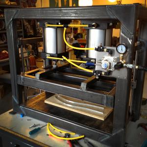 Molding Press2
